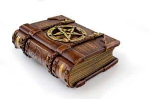 voyance-au-feminin-fr-esoterisme-et-croyances-connaissances
