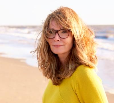 Lucy Médium Numérologue Astrologue