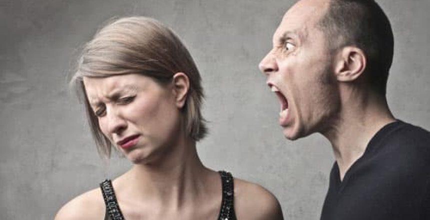 voyance-au-feminin-ch-attaques-energetiques-agression
