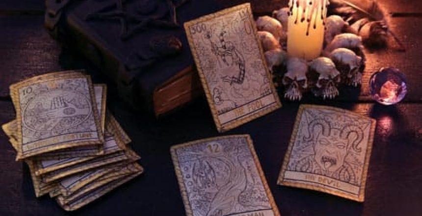 voyance-au-feminin-esoterisme-et-croyances[1]